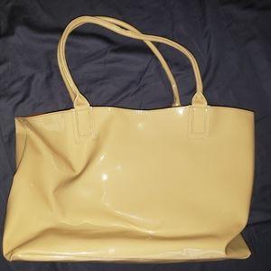 Handbags - Tote, vinyl.